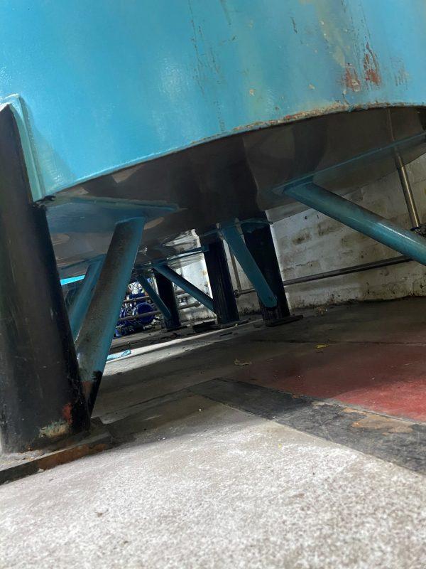 1500_stainless_steel_storage_tank_vessel_legs