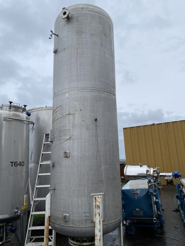 filtration_tank_pressure_vessel_316_stainless_steel_standing