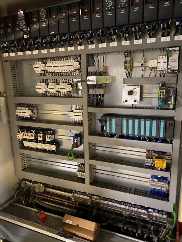 lita_palletiser_chivas_PLC_control_panel