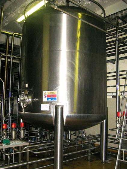 Vodka mixing vessels